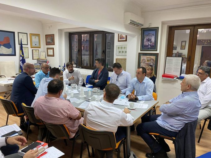 Živković: Na sastanku opozicije dogovoren izlazak na izbore u više ideoloških kolona 3