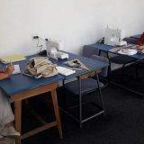Prokupačke krojačice poklonile odevne predmete i maske sašivene tokom obuke 11