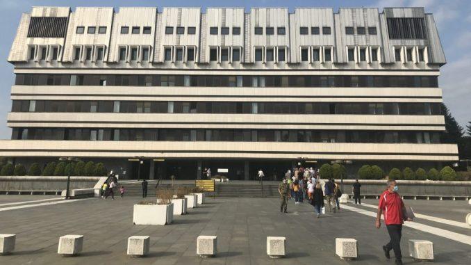 Ministarka Kisić Tepavčević obišla povređene korisnike Gerontološkog centra iz Mladenovca 2