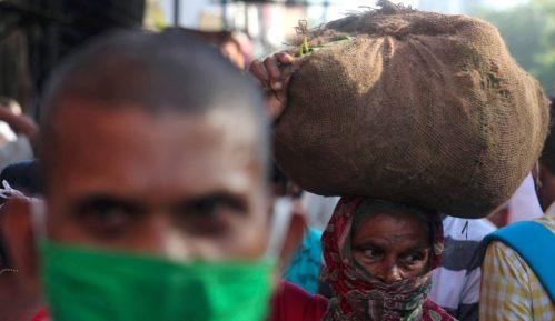 U Indiji novi skok zaraženih korona virusom, više od 94.000 u jednom danu 12