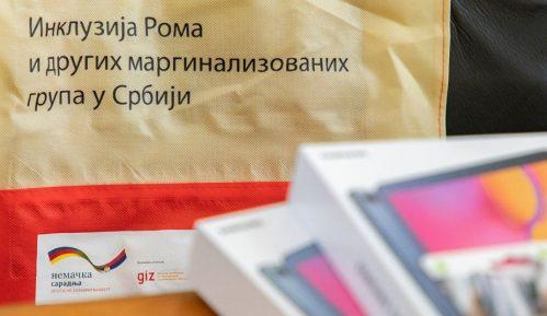 GIZ: Donirana opremu za pohađanje obuka o suzbijanju diskriminacije nad Romima 5