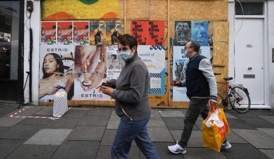 U Velikoj Britaniji u poslednja 24 sata više od 50.000 zaraženih korona virusom 36
