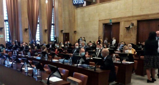 Miloš Vučević po treći put gradonačelnik Novog Sada 4