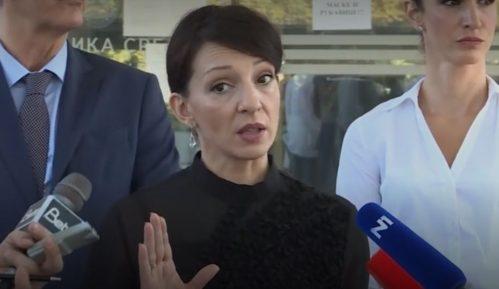 Tužena Marinika Tepić traži veštačenje ugleda Ivice Dačića 8