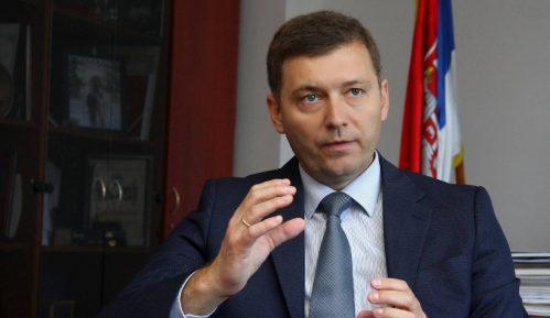 Zelenović: Vučić otima stranke 12