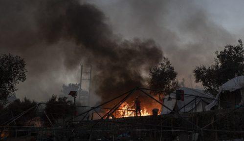 Malo ostalo od grčkog izbegličkog kampa Morija posle drugog požara 13