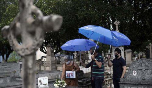 Brazil: Spomenik beskonačnosti za preminule od korone 13