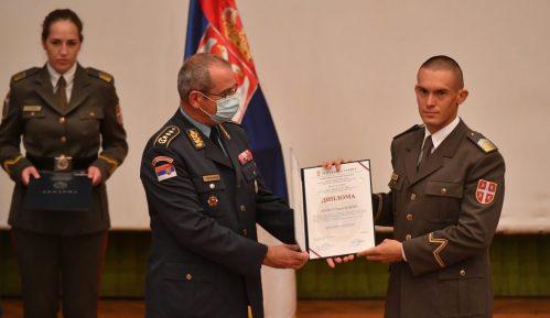 Uručene diplome kadetima i studentima Vojne akademije 2