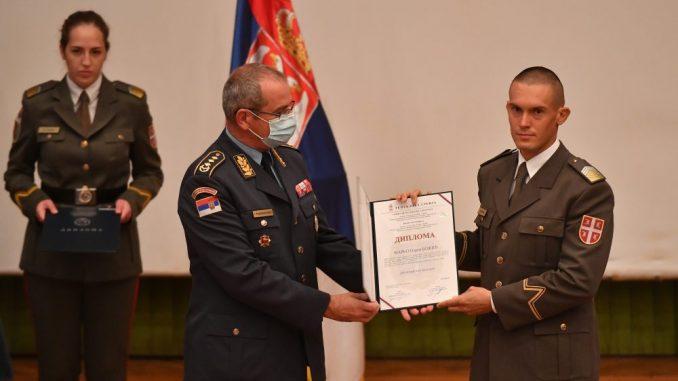 Uručene diplome kadetima i studentima Vojne akademije 1
