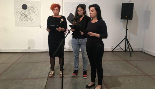 Otvorena izložba Jelene Jaćimović o Srebrenici (VIDEO) 11