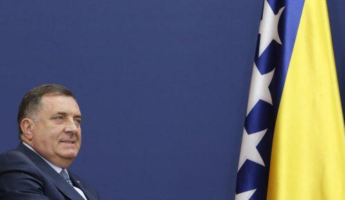 Dodik: Glavne teme u Zagrebu most na Savi i migranti kojih u deluju Bihaća 4