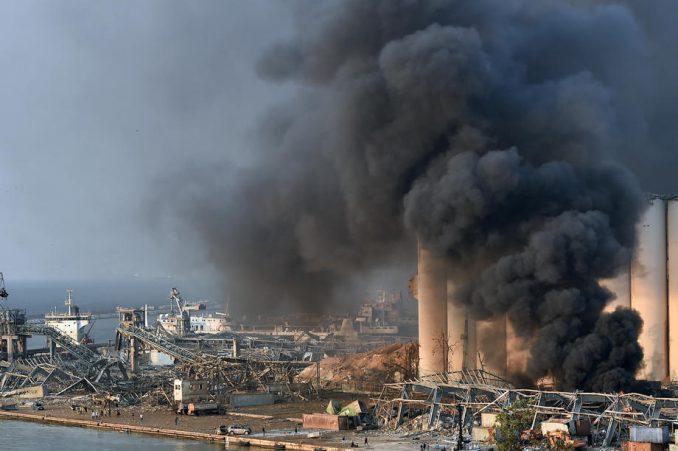 Ugašen veliki požar u Bejrutu koji je uplašio stanovnike 1