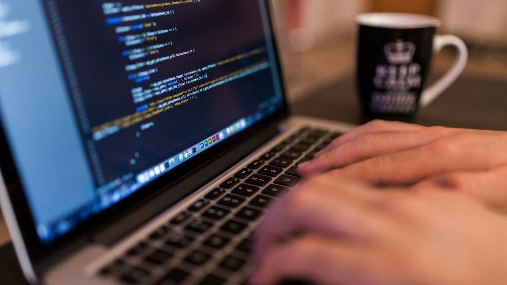 Ukrajinske vlasti otkrile grupu hakera koji su ukrali podatke iz banaka u SAD i Evropi 1