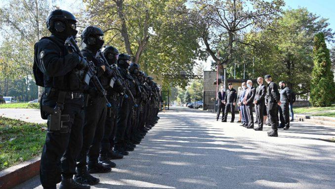 Rebić i Falkoni prisustvovali zajedničkoj antiterorističkoj vežbi pripadnika Specijalne antiterorističke jedinice MUP-a 4