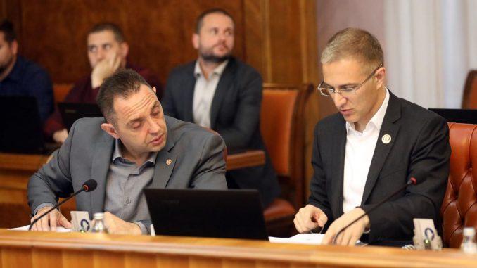 Vučić više veruje Vulinu nego Stefanoviću 1
