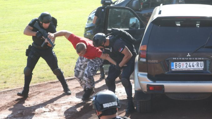 Šta je osam godina sprečavalo Vučića da napadne mafiju? 2