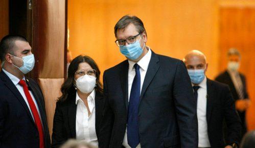 Vučićev minut ćutanja za albanske žrtve - sramota ili pomak? 9