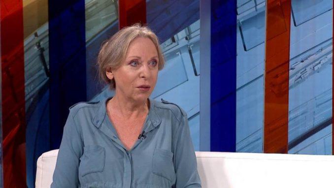 Danica Popović: Vlada sebi odsekla mandat 1