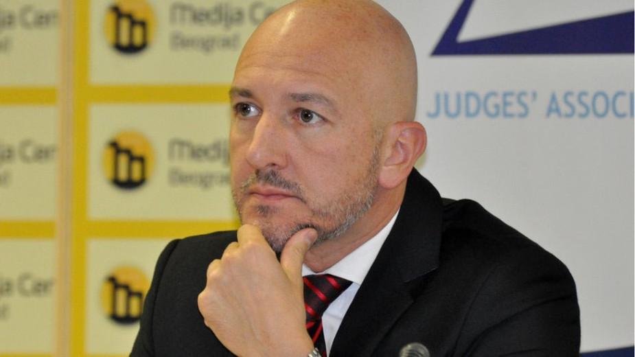 CEPRIS: Visoki savet sudstva da reaguje na napade na sudiju Majića u parlamentu 1