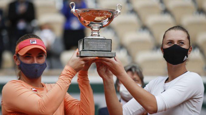 Mladenović i Baboš odbranile titulu na Rolan Garosu u dublu 3