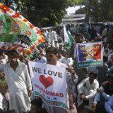 Hiljade u Bangladešu protestovale protiv francuskih karikatura 9