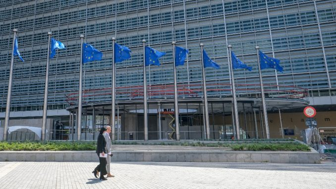 EU poziva Mađarsku da promeni politiku prema migrantima 5