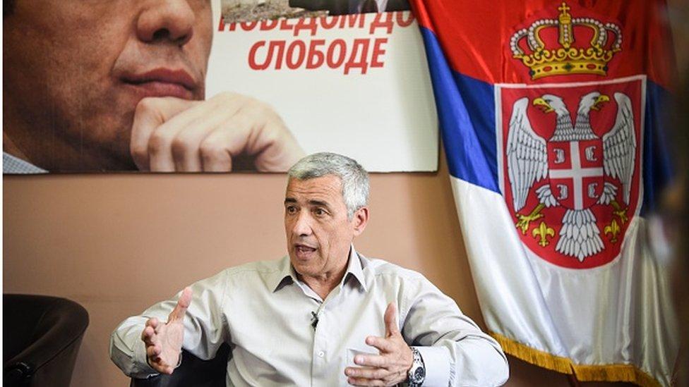 Oliver Ivanović u svojoj kancelariji, 2017.