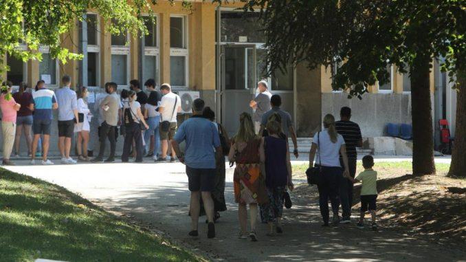 Srbima teže pao karantin od građana EU 3