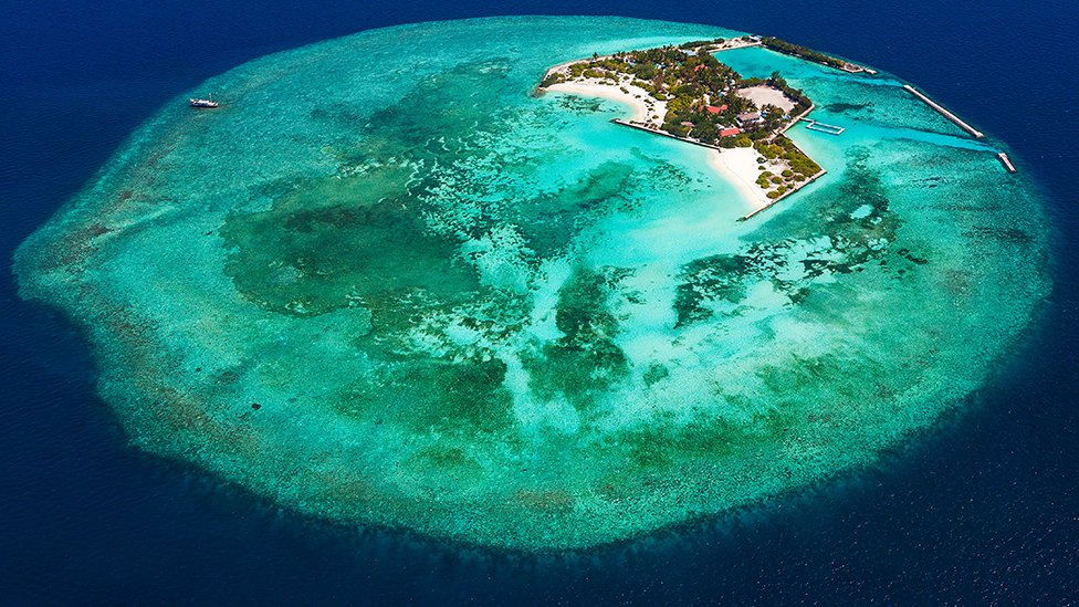 An aerial view of Feydhoo Finolhu island