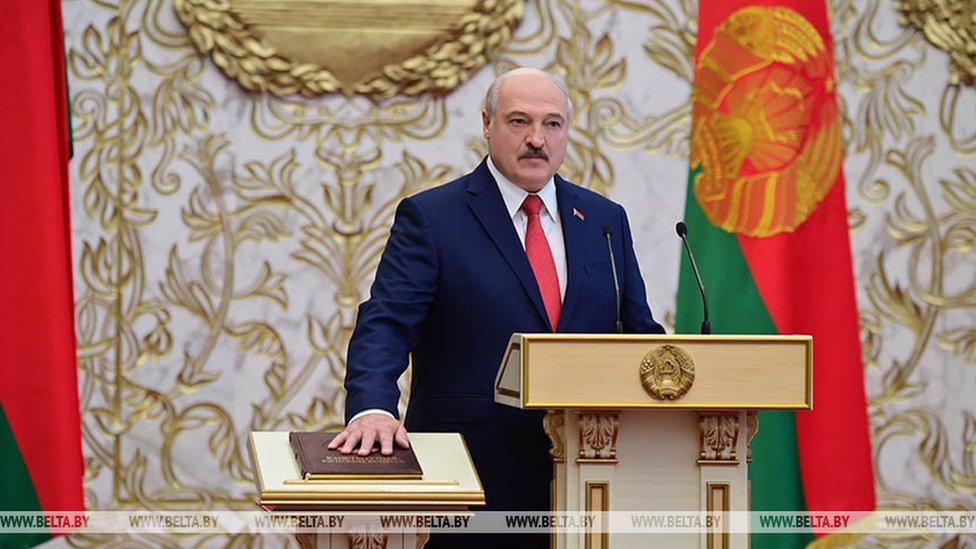Lukašenko vo vremя inauguracii