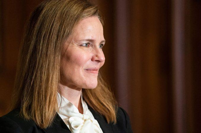 Amerika i pravosuđe: Ko je Trampova kandidatkinja za sutkinju Vrhovnog suda i zašto je ovo mesto važno 2