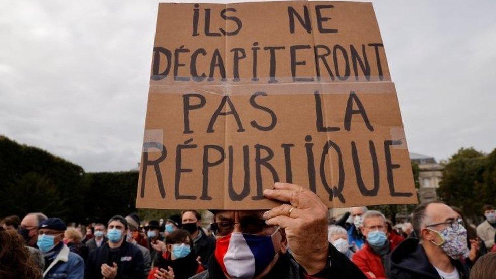 Banner in Paris