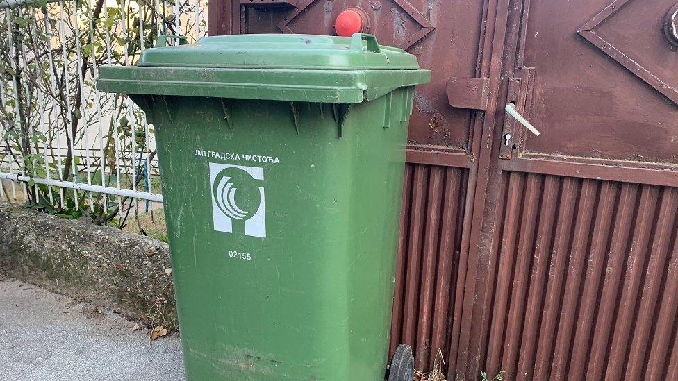 Plastika služi i za odlaganje otpada