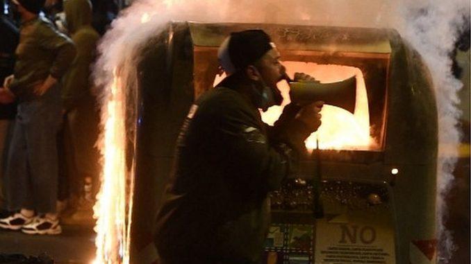 Korona virus: Veliki skok broja zaraženih i novi crni rekord u Srbiji, neredi na protestima u Italiji 3