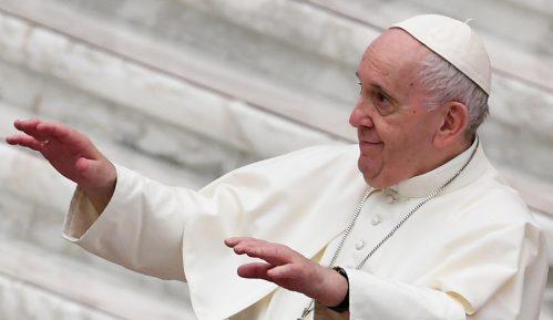 Papa Franja primio vakcinu protiv korona virusa 1