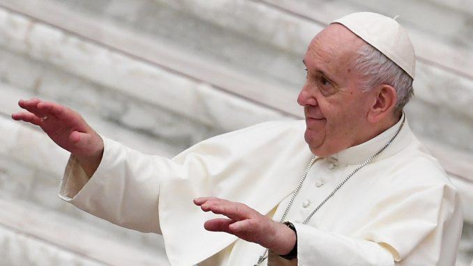 Papa bez vernika i za Božić ove godine 2