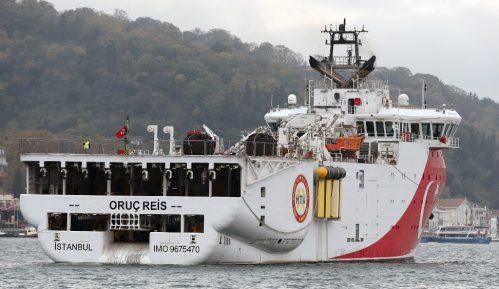 Turski brod ponovo u spornim vodama 4
