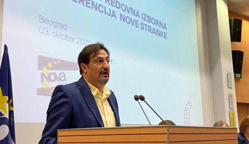 Za novog predsednika Nove stranke izabran Aris Movsesijan 8
