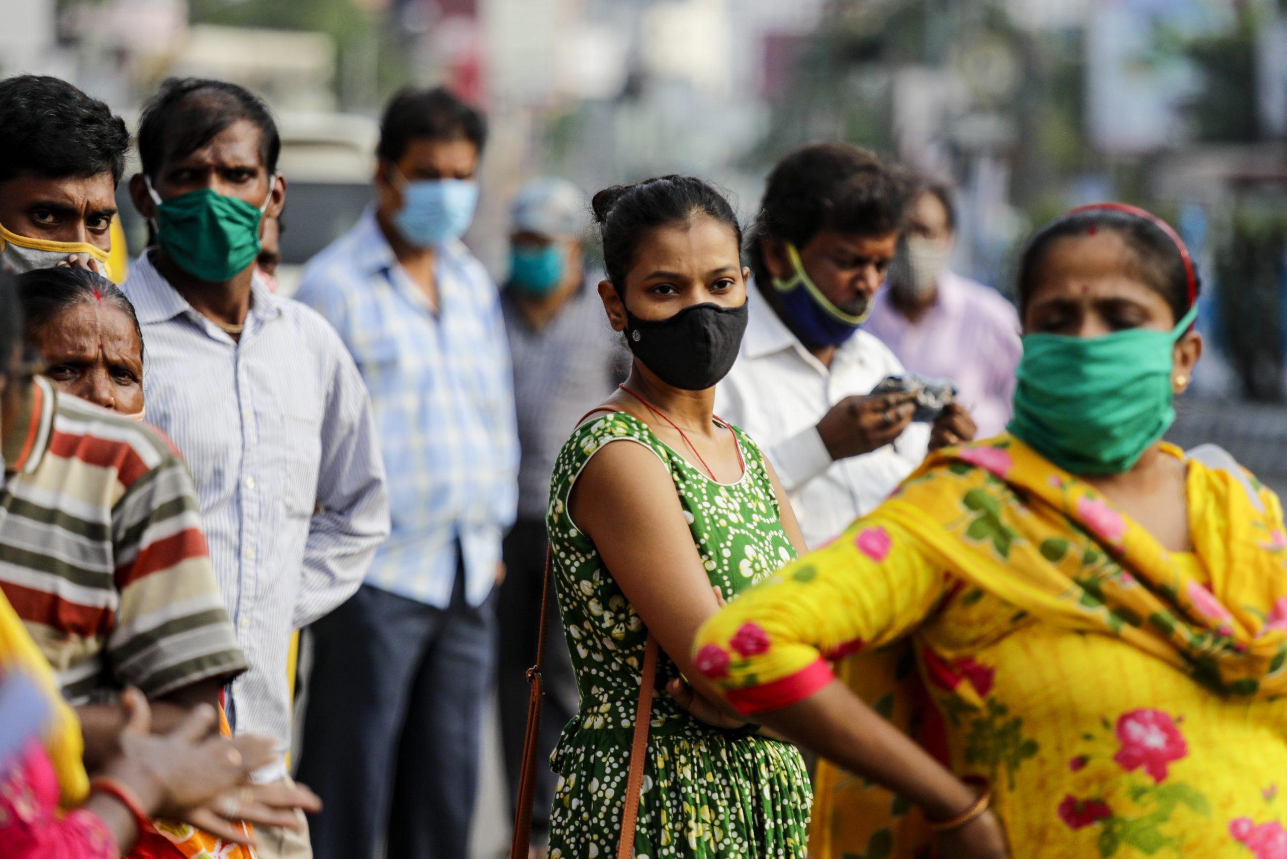 U Indiji i danas rekordan broj obolelih, premijer poziva građane da se vakcinišu 1