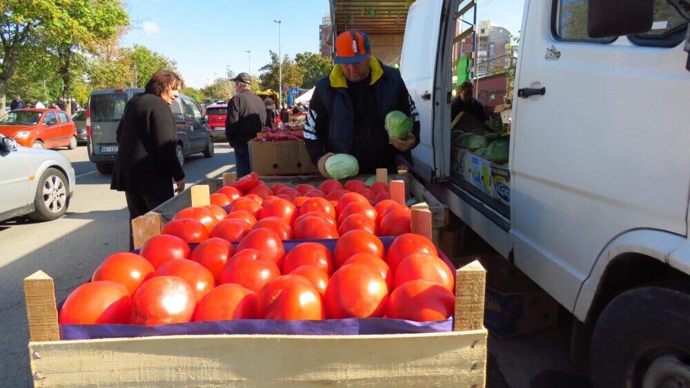 Nedimović u ponedeljak u Leskovcu sa proizvođačima paradajza 1