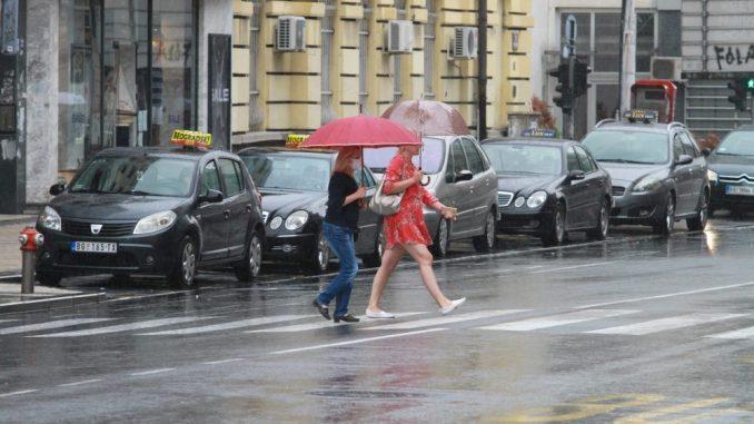 U Srbiji danas oblačno, ponegde pljuskovi i grmljavina 3