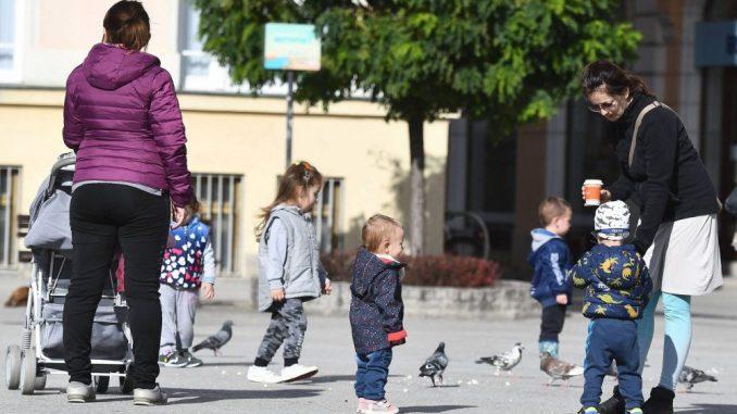 Grad Novi Sad preuzeo osnivačka prava nad dečjim listom Neven 5