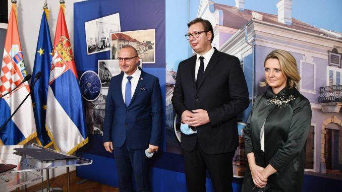 Vučić: Vreme je da gradimo poverenje, slušamo i razumemo jedni druge 4