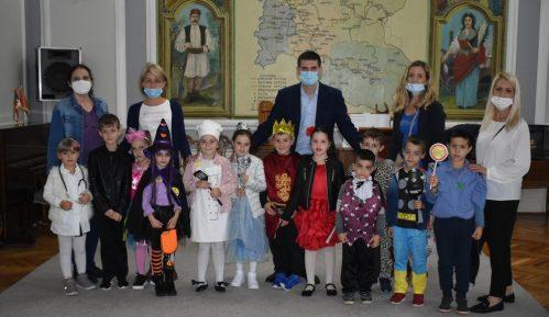 Mališani iz požarevačkih vrtića posetili gradonačelnika 10