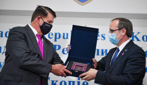 Hoti potpisao memorandum o saradnji sa SAD za 5G mrežu na Kosovu 10