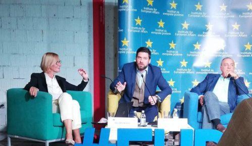 Srbija treba da se okrene ka Evropskoj Uniji 2