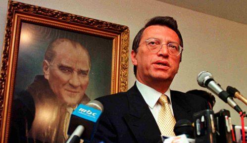 Umro bivši turski premijer Mesut Jilmaz 12