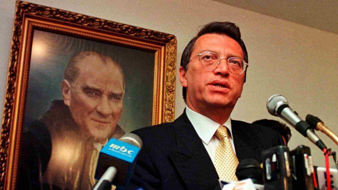 Umro bivši turski premijer Mesut Jilmaz 2