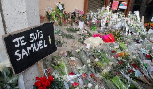 Evropski parlament minutom ćutanja odao poštu ubijenom nastavniku u Francuskoj 12