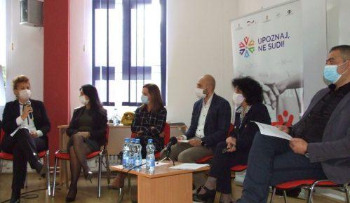 Nedovoljno se primenjuju zakoni protiv diskriminacije Roma 11